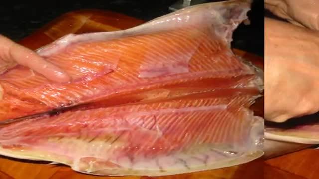 Saumon farci aux fines herbes  طرز تهیه ماهی شکم پر خوشمزه و مجلسی جنوبی