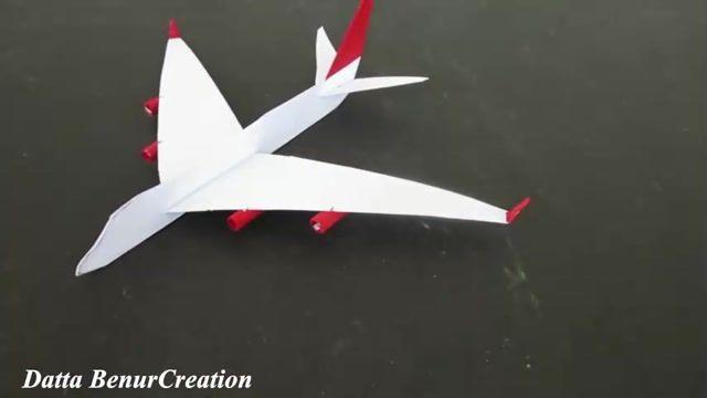 آموزش ساختن هواپیمای کاغذی با سرعت بسیار بالا