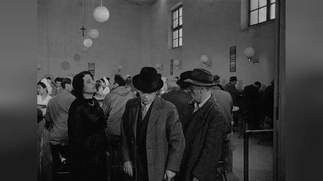 فیلم درام امبر تو دی Umberto D.  1952  #دوبله کانال sekoens@