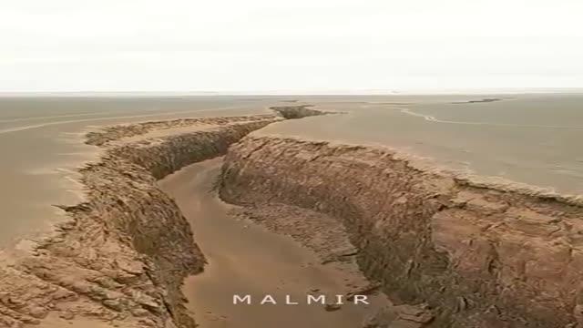 تنگه ی زبان مار . دشت لوت . ( آزمون زمین شناسی ) ( زمین شناسی ایران )