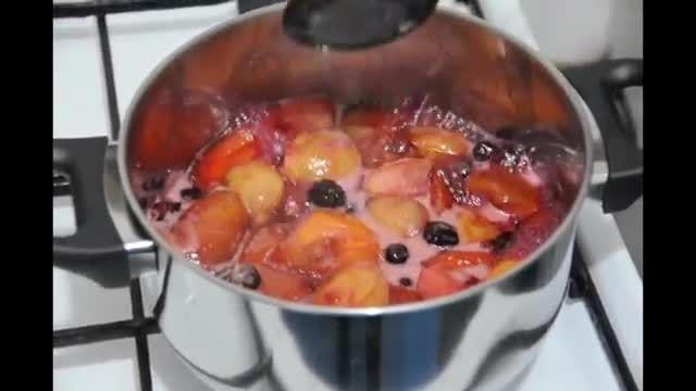 نحوه ی پخت  مربا هلو یا شلیل بسیار خوشمزه