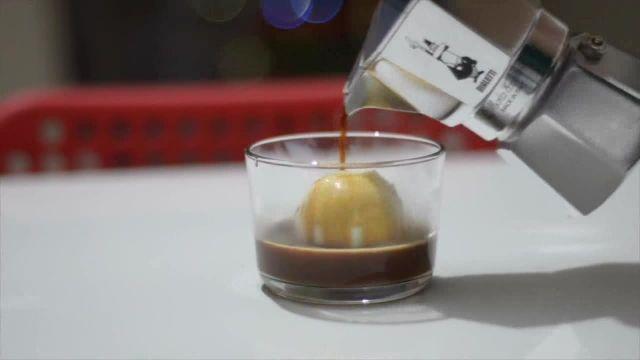 طرز تهیه آفوگاتو - فنجونت مرجع نوشیدنی های گرم و سرد