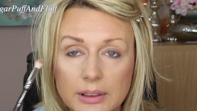 آرایش صحیح چشم ها برای از بین بردن افتادگی پلک