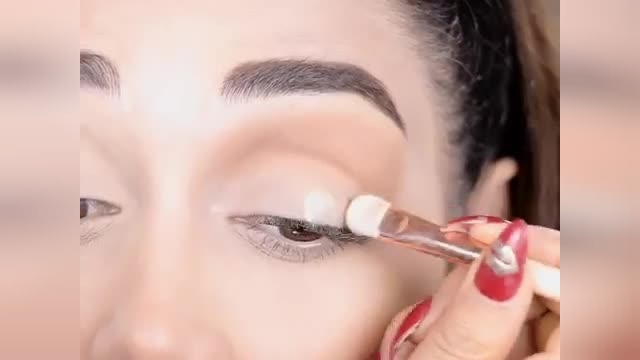 آموزش آرایش چشم دودی مناسب مهمانی و مجالس