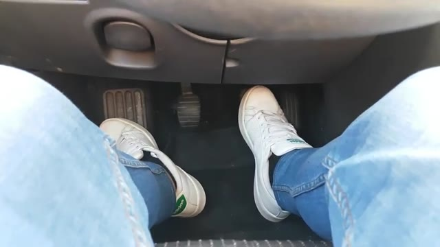 آموزش کلاچ گرفتن در سربالایی ها - آموزش عملی رانندگی