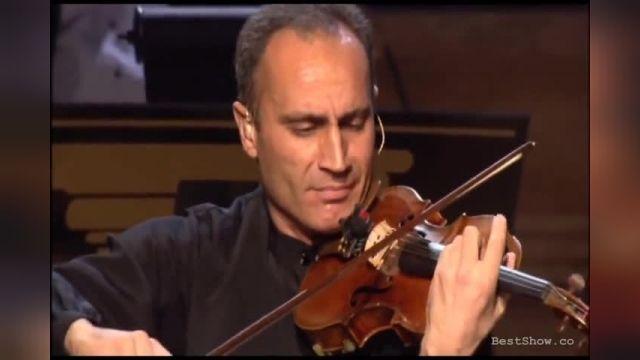 اجرایی دل انگیز از کنسرت یانی 2006